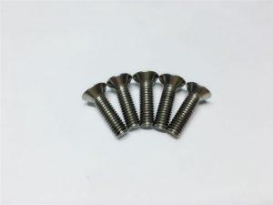 M3, M6 titánová skrutka s plochou hlavou s vnútorným šesťhranom a titánovou prírubovou skrutkou pre operáciu chrbtice