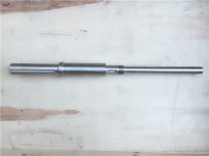 zákazková kotvová skrutka z nehrdzavejúcej ocele vyrobená z cnc pre loď